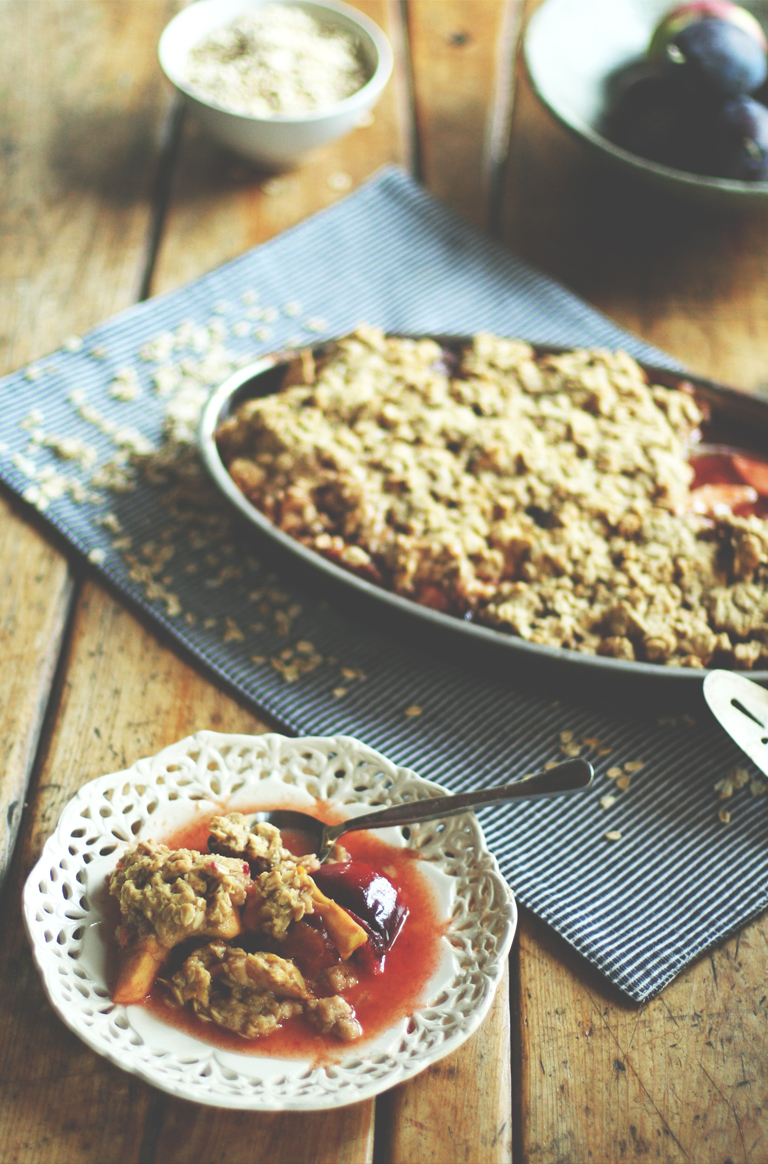 plum-apple-crumble-2