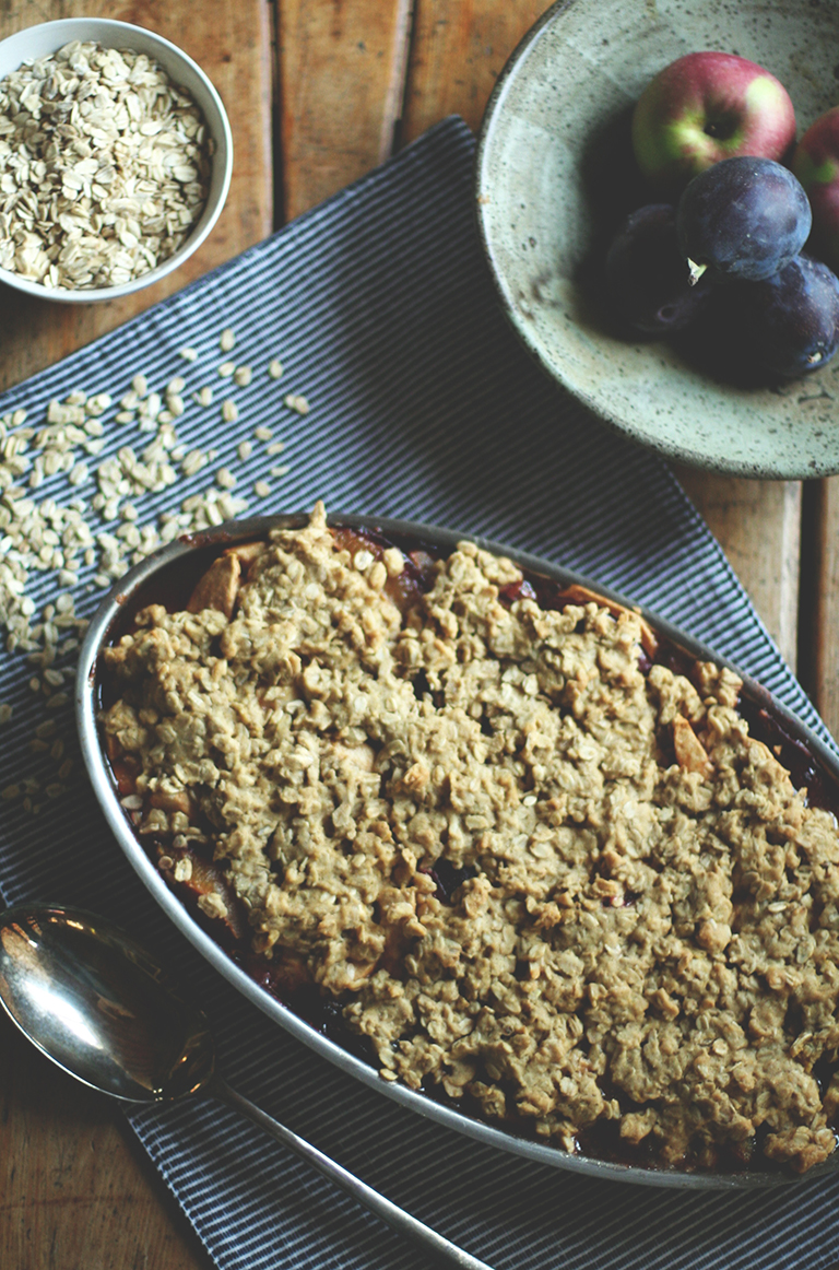 plum-apple-crumble-5